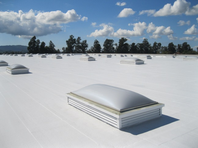 TPO-Roofing-With-Nice-white-Coating